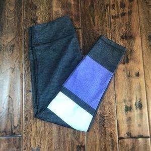 Lou & Grey workout leggings size medium